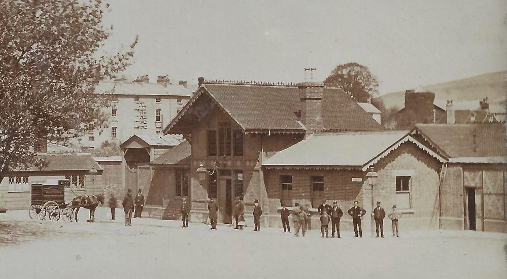 Lewes Stn 1870 close