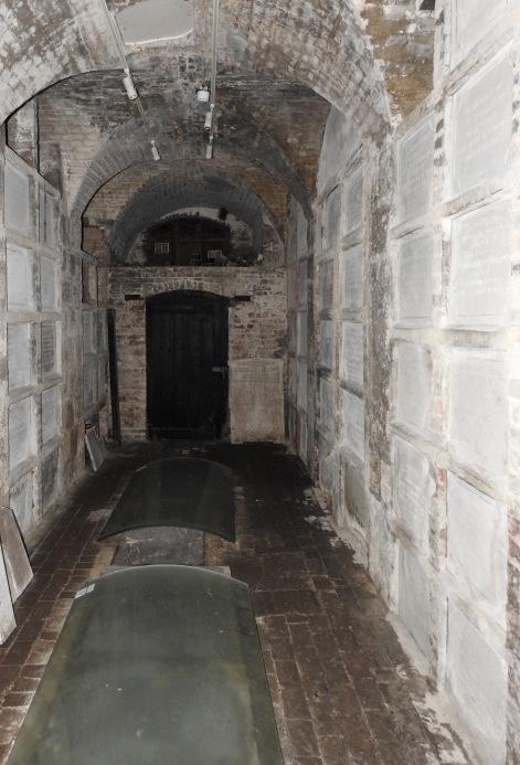 191127 St MutC old Vault